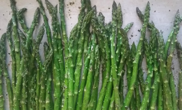 Roasted Asparagus Recipe | In Wealth and Health