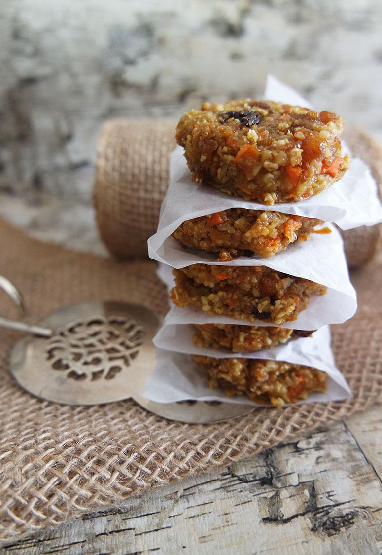 Carrot cake breakfast cookies